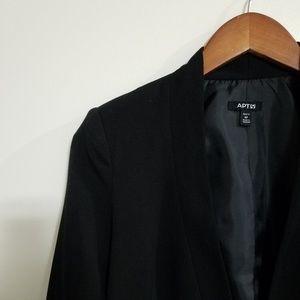 Apt. 9 Asymmetrical Cropped Black Blazer w/Pockets